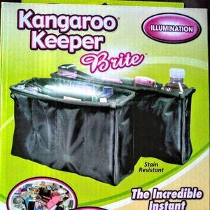 2- Pack Kangaroo Keeper